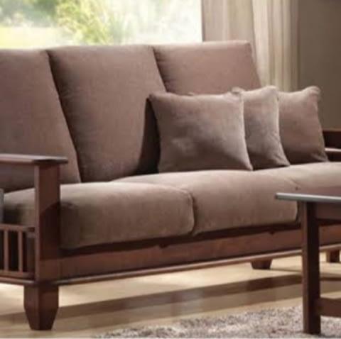 Sofa With Soft Cushion And Pockets