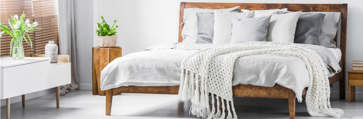Antique bed designs in wood