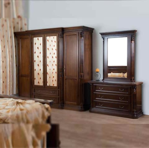 Almira With 4 Doors And Mirror